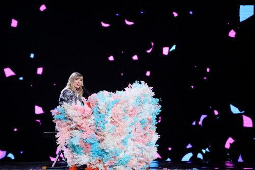 Taylor Swift performing at Alibaba's Singles Day pre-event, Shanghai